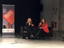Charlando con la directora del festival Petra Terzi, tras la proyección de LA CINTA DE ÁLEX, el 29-11-19